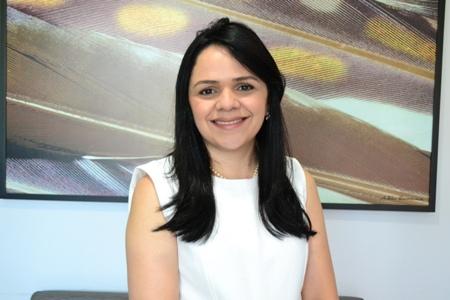 Dra. Andrea de Jesus Carvalho