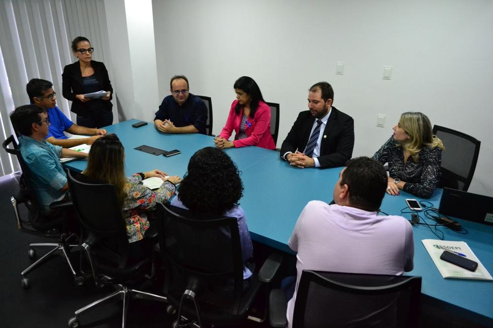 Defensora Geral, Subdefensor Geral e Diretora da ESDEPI falam aos novos Defensores Públicos