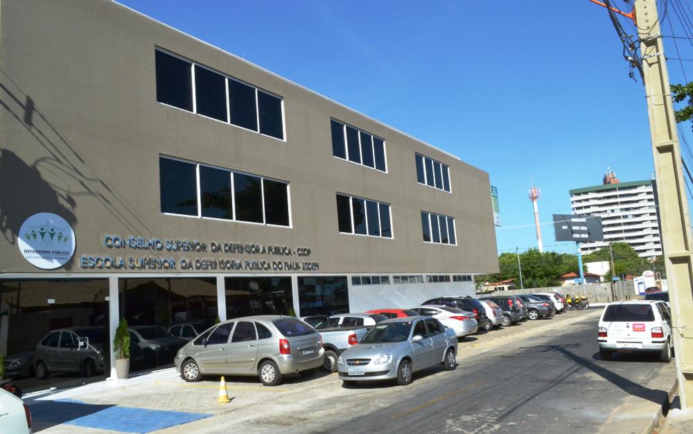 Casa de Núcleos da Defensoria Pública onde fica instalada a ESDEPI