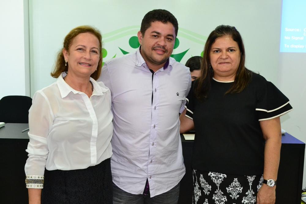 Almiralice Almendra, Nayro Victor Lemos e Vilma Régia Ferreira, eleitos para compor a Lista Tríplice
