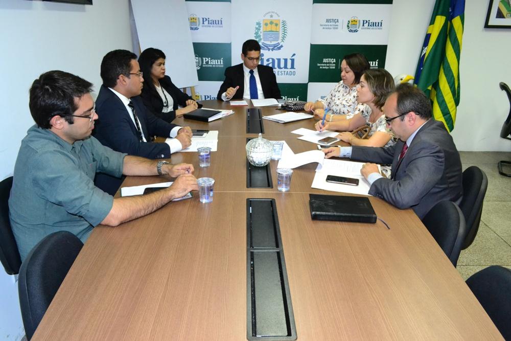 Reunião aconteceu  no Gabinete da Sejus