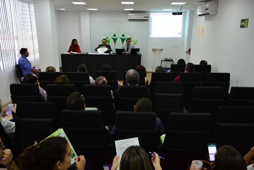 Dr. Erisvaldo Marques conduziu a Sessão de Remoção