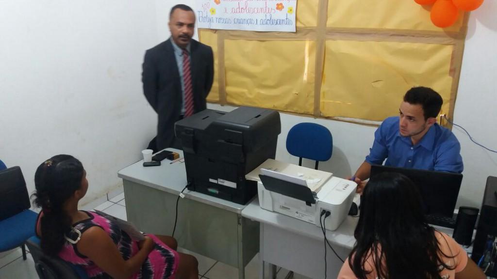 Dr. Jefferson Calume orienta atendimento em Lagoinha do Piauí