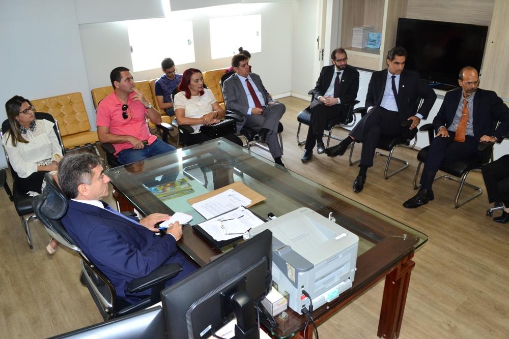 Reunião aconteceu na sala do Corregedor Geral do Tribunal de Justiça do Estado do Piauí