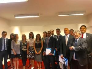 Dra. Andrea Melo de Carvalho e grupo de Defensores durante o intercâmbio na Argentina
