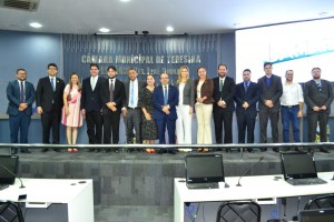 Defensores Públicos recebem homenagem na Câmara Municipal