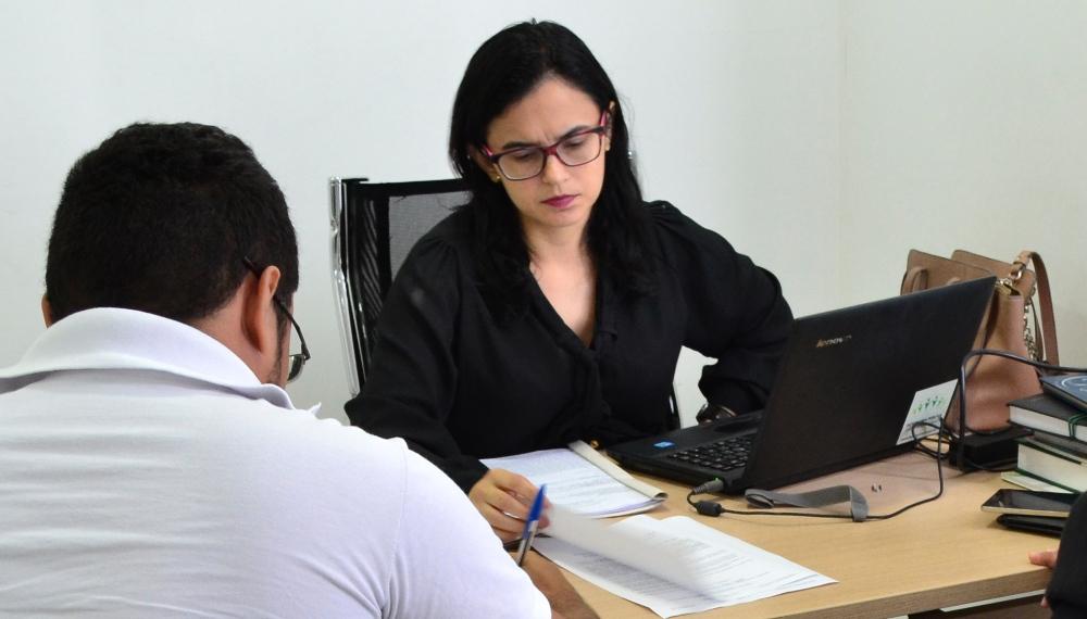 Dra. Ângela Barros