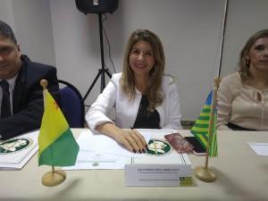 Dra. Ana Patrícia Salha durante a reunião em Sergipe