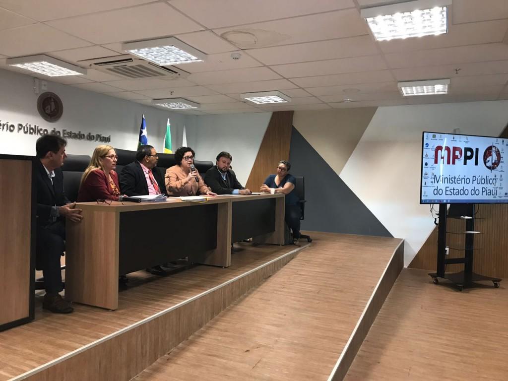 Audiência no auditório do Ministério Público