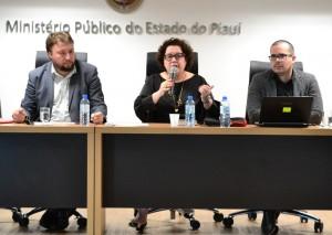 Dr. Igo Sampaio na Mesa de abertura da Audiência Pública