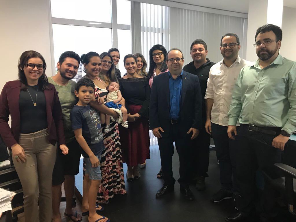 Família de Luís Guilherme com o Conselho Superior da Defensoria Pública