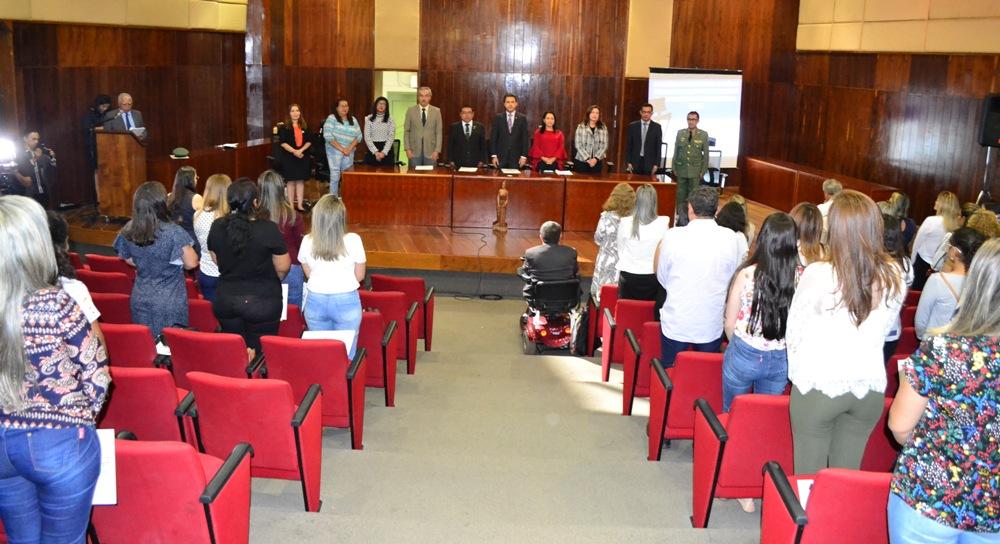 Lançamento aconteceu no auditório do Tribunal de Justiça