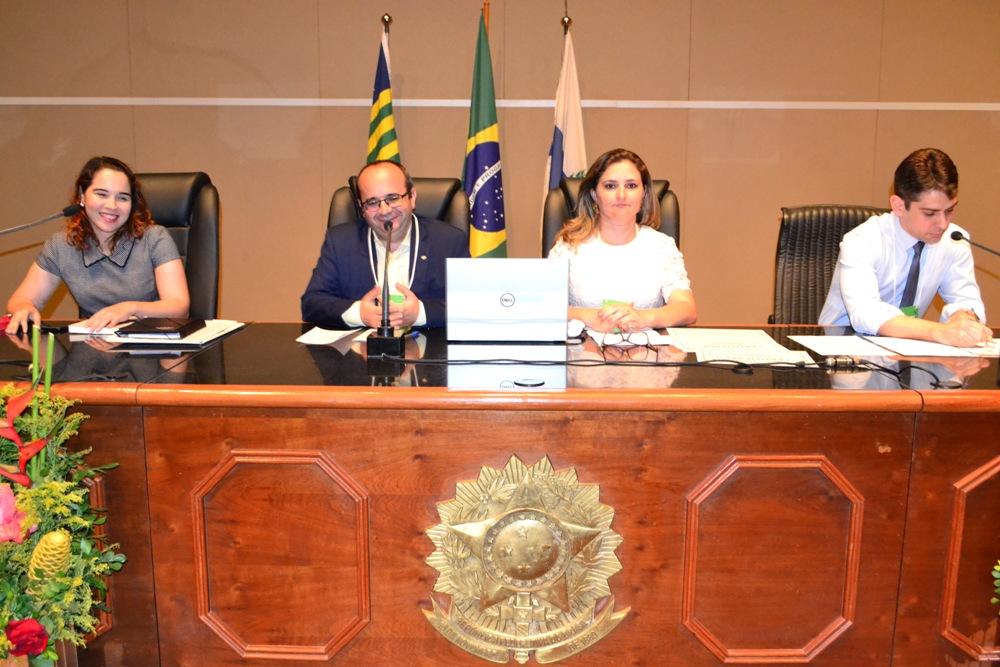 Dr. Erisvaldo Marques presidiu a mesa de encerramento