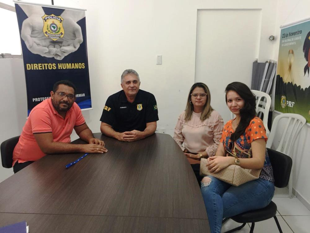 Dra. Karla Cibele Andrade participou da reunião