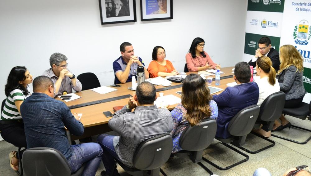 Reunião na Secretaria de Justiça
