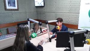 Dra. Sarah Miranda fala sobre direitos dos idosos na Rádio Pioneira FM (Rahyza Vieira)