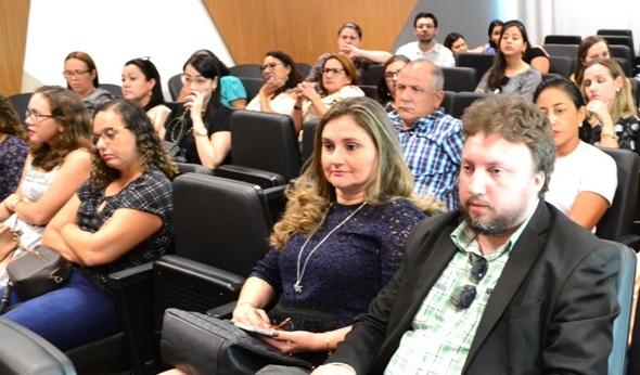 Dra. Patrícia Monte e Dr. Igo de Sampaio, durante a audiência no MP