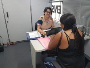Dra. Ana Paula Mattos Passos durante atendimento em São João do Piauí