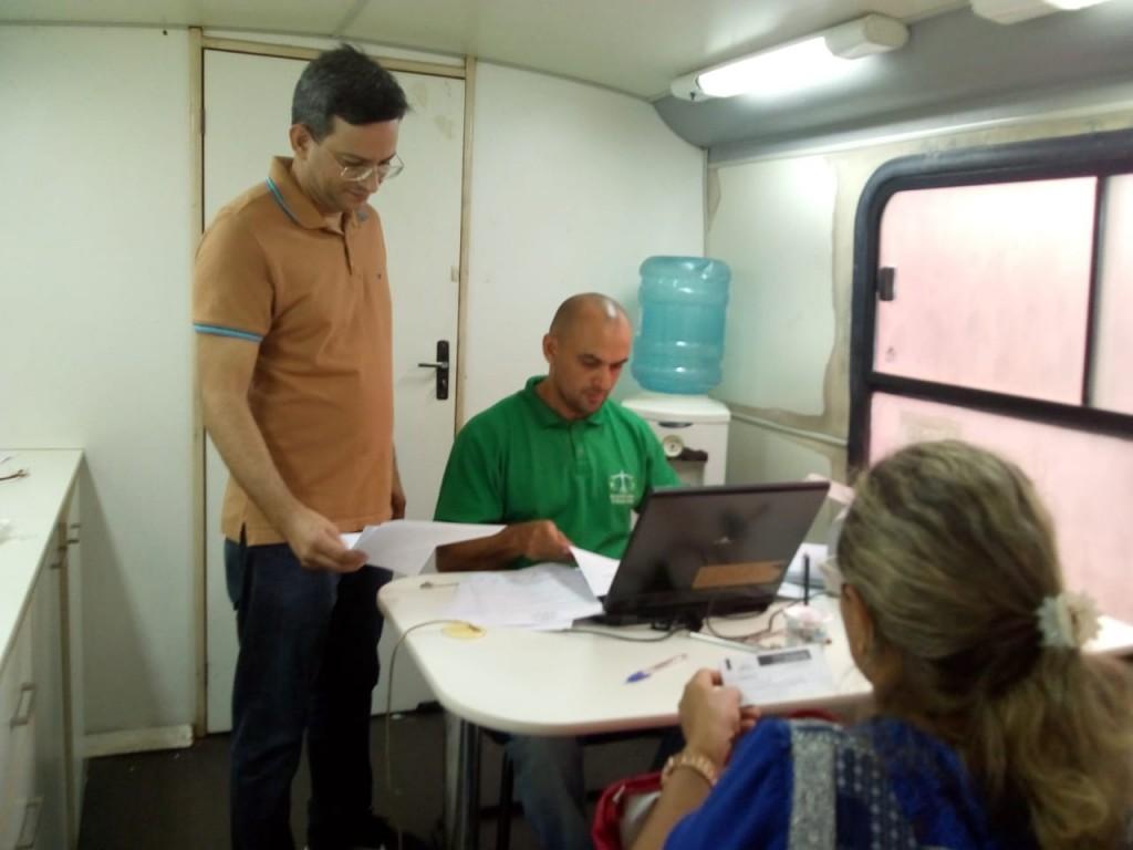 Dr. Marcelo Pierot orienta o atendimento