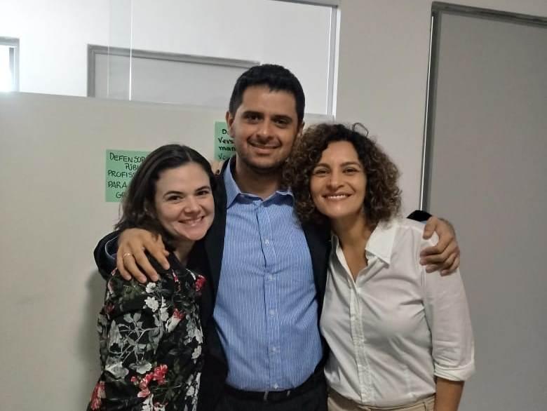 Dra. Lia Medeiros, Dr. Armano Barbosa e Dra. Verônica Acioly - dedicação à causa da mulher