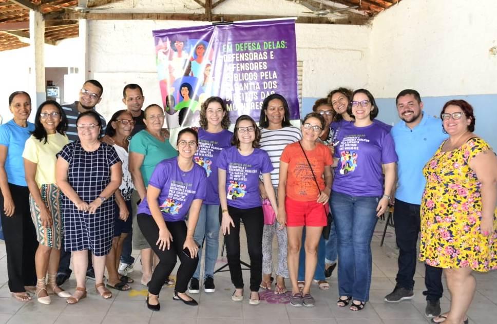 Participantes da reunião realizada na AMI