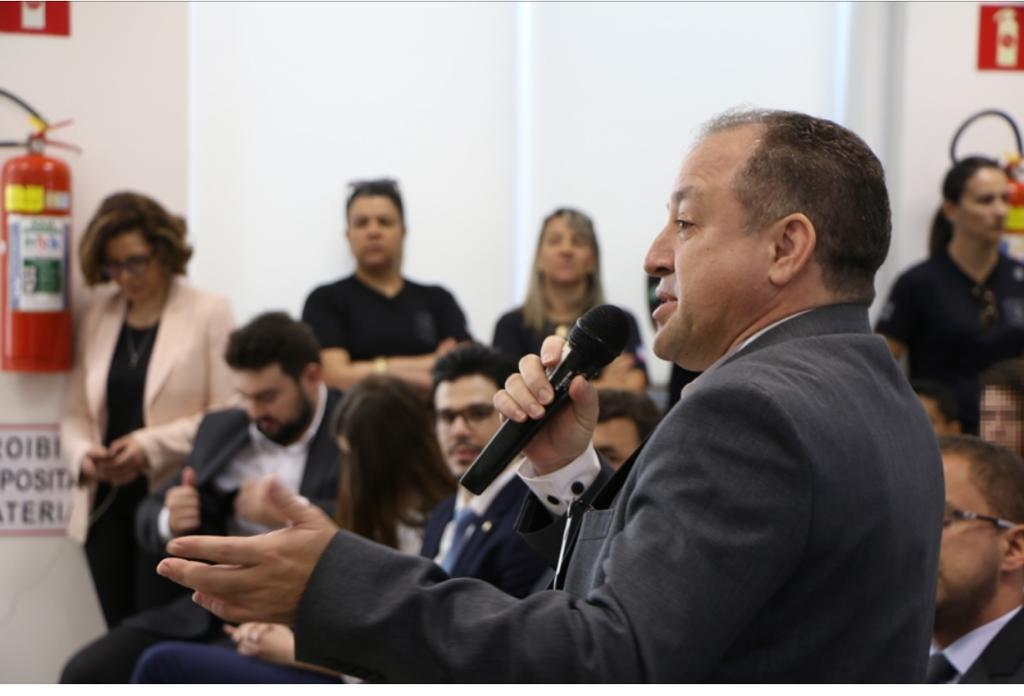 Dr. Arilson Malaquias se manifesta durante o Defensoria Sem Fronteiras