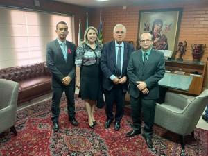 Reunião no gabinete do presidente da Alepi